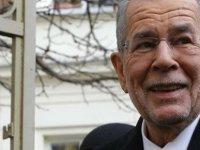 Avusturya'da korona önlemlerini ihlal eden Cumhurbaşkanı: Üzgünüm, zamanın nasıl geçtiğini anlamadım