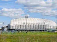Polonya Futbol Federasyonu her maçı 999 seyirciyle oynamayı önerdi