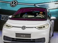 Volkswagen 1 milyon elektrikli araç hedefini iki yıl erkene aldı