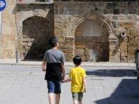 Koronavirüs Tedbirlerinin Gölgesinde Kutlanan Ramazan Bayramı Bugün Sona Eriyor