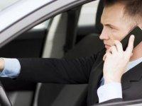 Güney'de Araç kullanırken cep telefonuyla konuşma cezası 85 euro'dan 150 euro'ya yükseldi