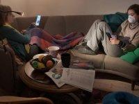 Bilim insanları açıkladı: Evde oturmak insanı neden yoruyor?
