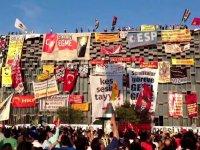 Sokağa çıkma yasağı varken Gezi Parkı'nı bariyerlerle kapattılar!