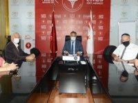 Türkiye İş Bankası Aş. Emekliler derneği'nden sağlığa 10 bin tl…