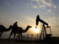 """Suudi Arabistan Enerji Bakanı: """"Petrol üretiminde Temmuz sonrası gönüllü kesintiye gitmeyeceğiz"""""""