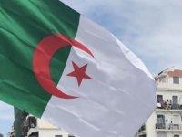 """""""Cezayir, hafter ve müttefiklerinin kahire bildirgesi'ni memnuniyetle karşıladı"""""""
