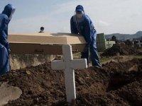 Covid-19 nedeniyle Brezilya'da 1 Günde  1214 kişi hayatını kaybetti