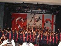 Yakın Doğu Üniversitesi Yine Bir İlke İmza Atarak Online Mezuniyet Törenleri Düzenliyor…