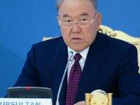 Kazakistan'ın eski Cumhurbaşkanı Nazarbayev koronavirüse yakalandı