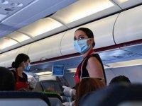 Havayolu şirketlerinden Covid-19 önlemleri: Yeni kurallar...Alkollü içecek yasaklanıyor