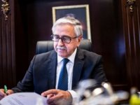 Cumhurbaşkanı Akıncı'dan Volkan Bozkır'a Kutlama Mesajı