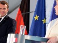 Merkel İle Macron Ortak Basın Toplantısı Düzenledi