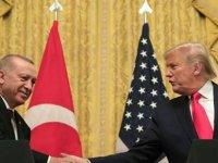 """CNN: Trump'ın Orta Doğu konusunda 'bilgisizliği' nedeniyle Erdoğan onu """"soyup soğana çevirdi"""""""
