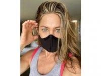Jennifer Aniston: İnsan hayatına değer veriyorsanız lanet bir maske takın!