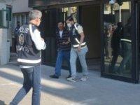 Yakalanan kapkaççı: Allah devlete zarar ziyan vermesin, bizim gibi adamı yakaladınız iyi oldu