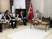 Meclis Başkanı Uluçay Ticaret Odası Heyetini Kabul Etti