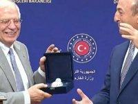 Çavuşoğlu, AB Temsilcisi Borrell'e BOREL hediye etti