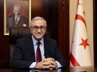 Cumhurbaşkanı Akıncı, 10. Şampiyonluğunu ilan eden Mağusa Türk Gücü'nü kutladı