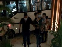 Mülteciler otele yerleştirildi