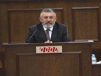 """Topal, """"Medyada Kıbrıs Türkçesi diye kullanılan abuk sabuk kelimelere karşıyım"""" dedi."""