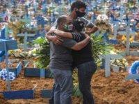 Covid-19 nedeniyle son 24 saatte Brezilya'da 733, Meksika'da 485, Hindistan'da 553 kişi öldü