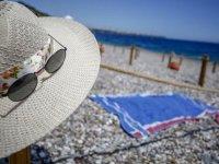 Güney Kıbrıs'ta turizm müsteşarlığından seyahat acentelerine teşvik
