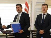 Sivil Savunma Teşkilatı Başkanlığı, Altınbaş Petrolleri ve Kıbrıs Türk Petrolleri arasında imzalanan işbirliği protokolü güncellendi