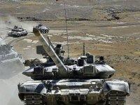 Türkiye ve Azerbaycan'n geniş kapsamlı ortak askeri tatbikatı sürüyor
