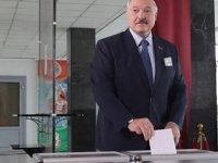 Belarus Cumhurbaşkanı Lukaşenko, Yüzde 80,23 Oyla Yeniden Seçildi
