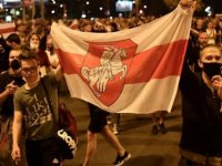 Belarus'un başkenti Minsk'te güvenlik güçleri sokakları terk etti