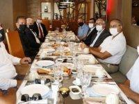 Cumhurbaşkanı Akıncı, üretici birliklerinin temsilcileriyle bir araya geldi