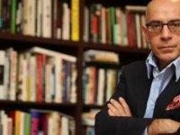 Atanması tartışma yaratan Hasan Bülent Kahraman'ın İBB'deki görevinden istifa ettiği iddia edildi