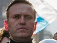 Zehirlendiği İddia Edilen Rus Muhalif Lider Tedavi İçin Almanya'da