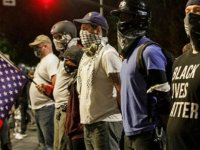 ABD'de polisin bir siyahiyi arkadan vurması tepkiye yol açtı