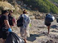 TUFAD, Dipkarpaz View Otel Sahilinde Çevre Temizliği Yaptı