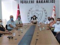 İçişleri Bakanı Baybars, Lefkoşa Muhtarlar Birliği'ni Kabul Etti