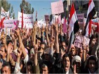 Yemenli bir grup BM önünde!