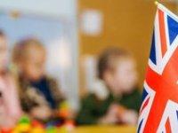 İngiltere'de okullarda corona virüs patlaması