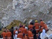 Pakistan'da Mermer Madeninin Çökmesi Sonucu 22 Kişi Öldü