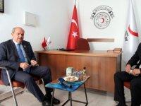Başbakan'dan Kızılay Ziyareti