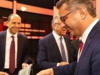 Erhürman'dan adaylara hediye: Doğrusu demokrasi