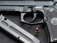 Hamitköy Çemberinde Park Halindeki Araçtan Silah Çıktı