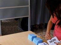 Fransa'dan bağımsızlık referandumunda 'Hayır' çıktı