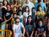 Kıbrıs İşitme Konuşma Engelliler vakfı,20 tablet bağışladı