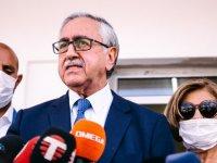 Mustafa Akıncı'ya ofis,makam aracı,şoför tahsis edildi