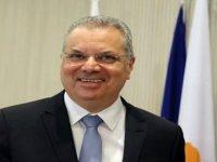 Rum İçişleri Bakanı Nuris'ten Ara Bölgeye Çekilen Dikenli Telle İlgili Açıklama