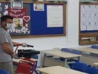 Girne Belediyesi, Koronavirüs tedbirleri kapsamında Cumhurbaşkanlığı Seçimi sonrası bölgede bulunan tüm okulları dezenfekte etti.