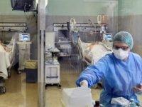 Türkiye'de 153 can kaybı, 6 bin 713 yeni hasta