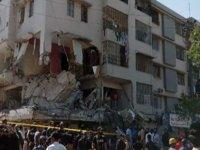 Pakistan'da 4 Katlı Bir Binada Patlama: 5 Ölü