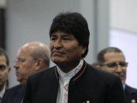 Evo Morales, adayının Bolivya'daki seçimleri kazanmasının ardından Venezuela'ya geçiyor